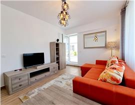 PRIMA INCHIRIERE: Apartament 2camere cu terasa,  l�ngă parcul Unirii Otopeni, ansamblu Maramureș Residence, utilat si mobilat