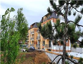 Apartament cu 2 camere, bloc nou, langa parc, loc parcare inclus